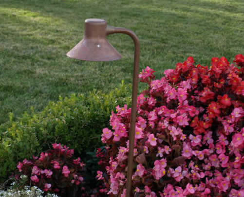 Lake Sherwood Landscape Lighting FG Light